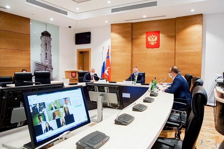 В областной Думе прошло заседание Молодежного парламента