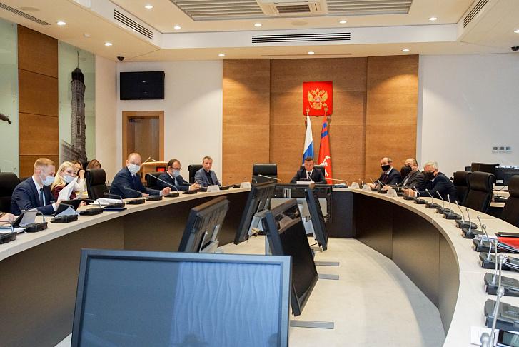 В областной Думе рассмотрели вопросы реализации закона о бесплатной юридической помощи